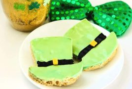 st.-patricks-day-treats-leprechaun-hat-bars-plated-735x496