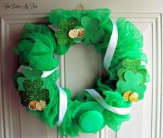 Dollar-Store-Crafts-St.-Patricks-Day-Wreath