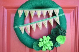 luckliy-blessed-st-patricks-day-wreath
