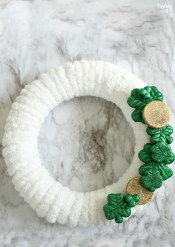 Shamrock-Wreath-St-Patricks-Day-Craft