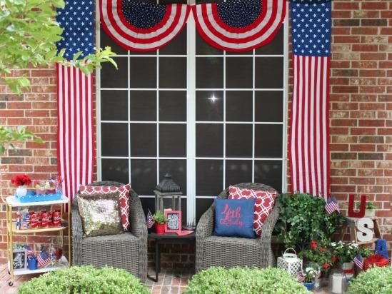 4th-of-july-patriotic-porch-decor